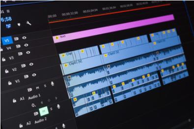 Montage video blue lines