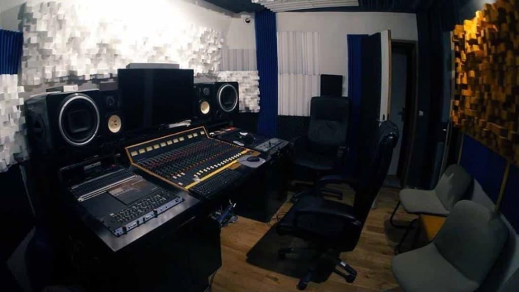 Studio A Blue Lines